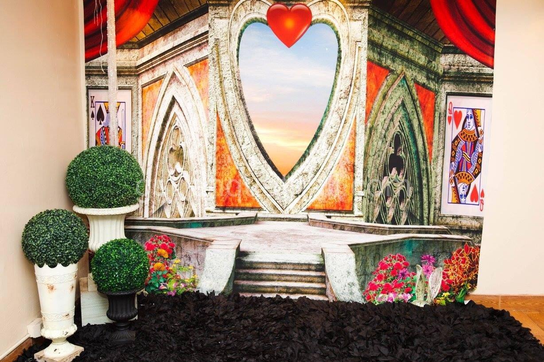 Queen of Hearts - Party decoration - Reina de corazones